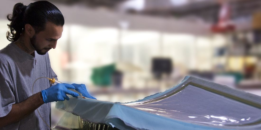ACRYLIC AND POLYCARBONATE PRODUCTS - BONDING AND ASSEMBLY